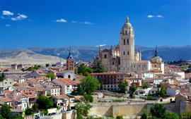 Preview wallpaper Spain, Segovia Cathedral, monastery, city, houses