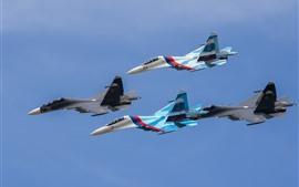 SU-27 бойцов, четыре самолета, рейс, небо