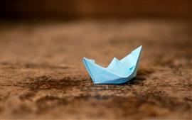 Origami, Barco de papel azul