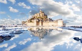 Aperçu fond d'écran France, Normandie, Mont-Saint-Michel, Château, Mer, Nuages, Réflexion sur l'eau
