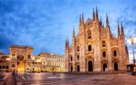 Италия, Миланский собор, ночь, огни, облака
