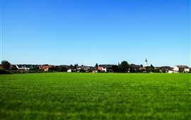 预览壁纸 村庄,乡村,绿色的田野,房屋,蓝天