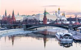 Aperçu fond d'écran Kremlin, Moscou, Russie, rivière, pont, neige, ville, hiver